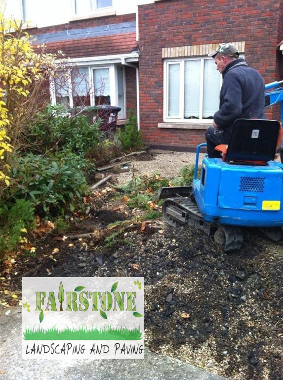 Lawn replacement lawns for dublin for Gardening tools dublin